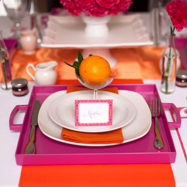 naranjas en copas para decorar la mesa