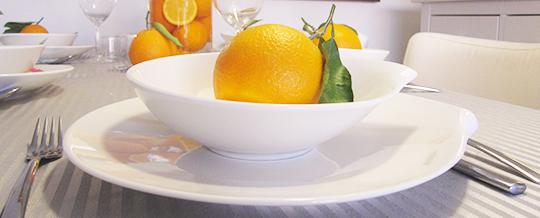 naranjas en la mesa para decorar en semana santa