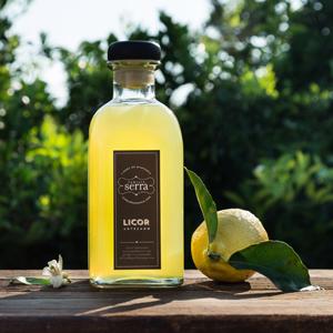 Licores digestivos de limón